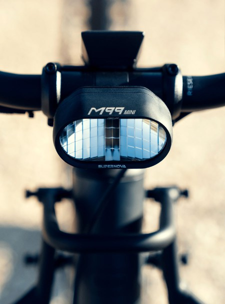 riese-and-muller-charger3-front-light