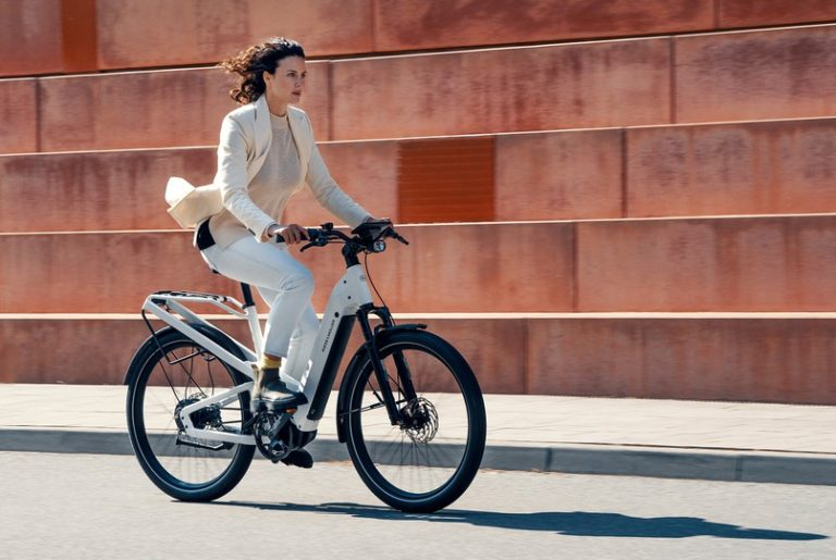 Riese and Muller Homage 2021 - Woman riding eBike