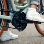 riese-and-muller-swing3_lifestyle-foot-pedal